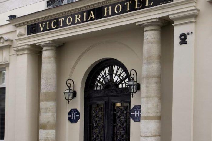 Victoria – Parijs